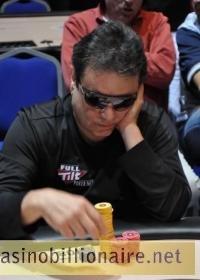 Susto na WSOP 2009: John Cernuto ganha um derrame em pleno jogo
