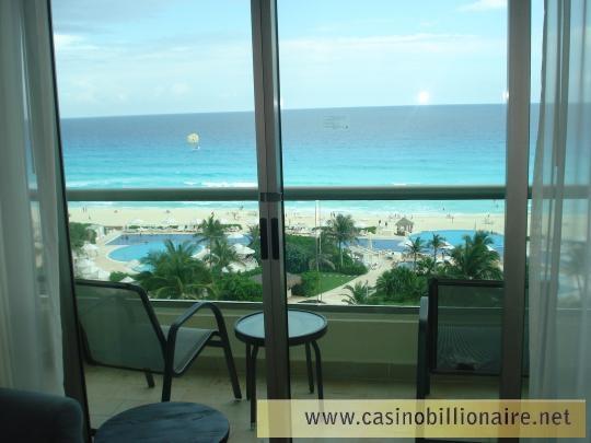Hotel Live Aqua Cancun