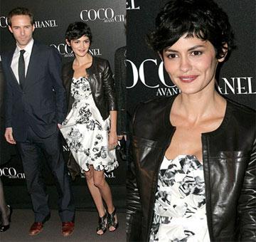 Atriz usa Chanel na pré-estréia do filme sobre estilista